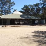 Hobart Beach camping area shelter (105109)
