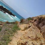 Track up the side of Bourna Island (107098)