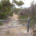 Gate on car park at the end of Hawke Head Drive (21131)