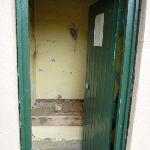 Old toilet at Bullocks Hut (295308)
