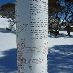 Snow loving gums sign (299998)