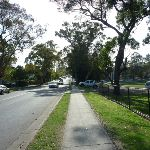 Walking alongside Berowra Waters Road (332330)