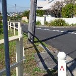 GNW arrow post on Edgecliff Rd (342475)