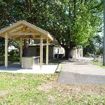 Picnic area at Boronia Park (343801)