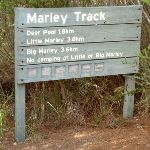 Marley Track sign post (35234)