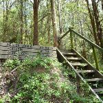 Steps and sign at Heaton Gap (358862)