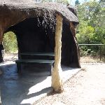 'Cave' shelter at Reids Plateau Picnic area (92071)